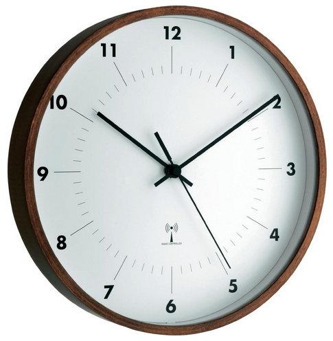 Nástenné DCF hodiny TFA Wood 26 cm