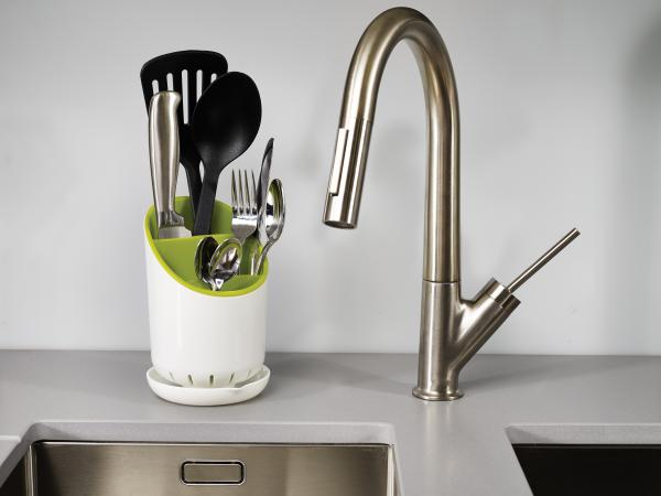 Odkvapkávací stojan na príbory, nože a nástroje JOSEPH JOSEPH Dock ™, biely / zelený